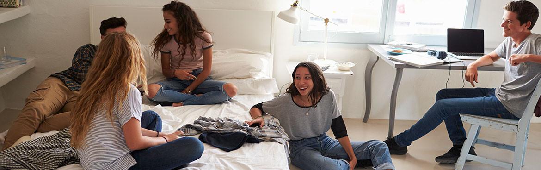 Chambre pour adolescents contemporaines, designs ou nature, un très large choix.